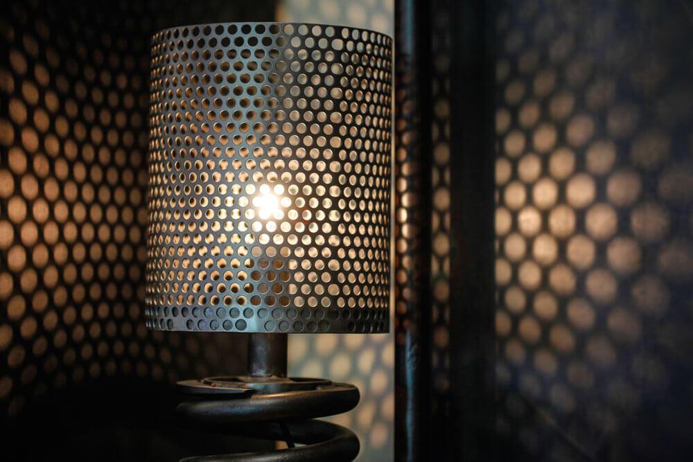 Creations Pezon lampe amortisseur locomotive
