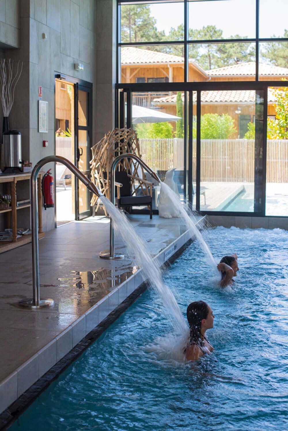 Domaine Ferret piscine jacuzzi