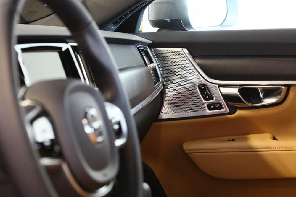 Volvo V90 CC Cap Nord système audio