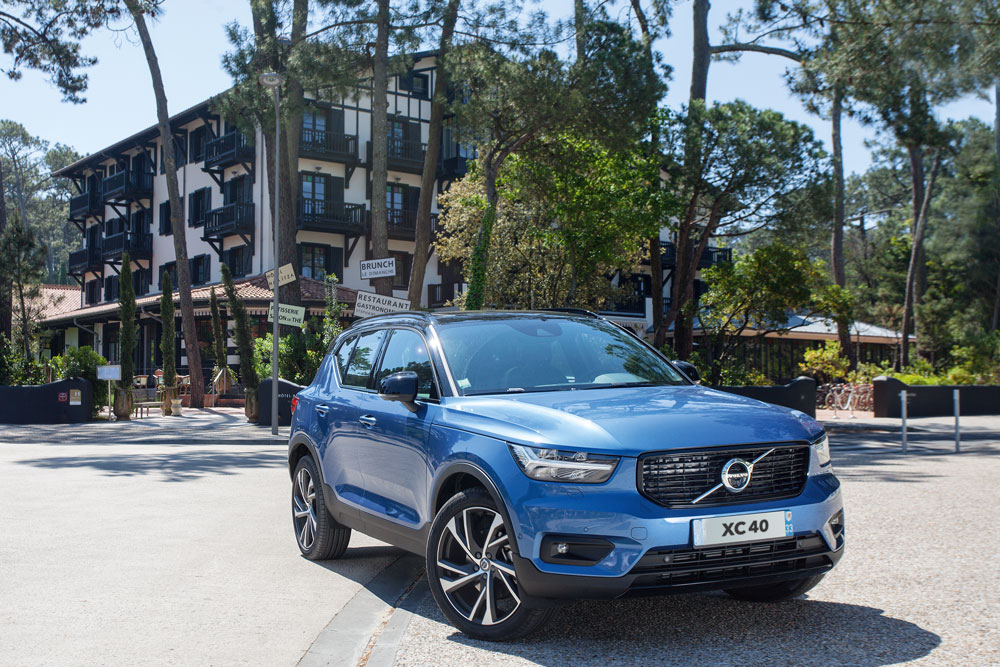 Cap Nord Automobile Volvo concessionnaire XC40 D4 R-design Cap Ferret Bassin d'Arcachon SUV Voiture De l'Année Car Of The Year performante City Safety Pilot Assist