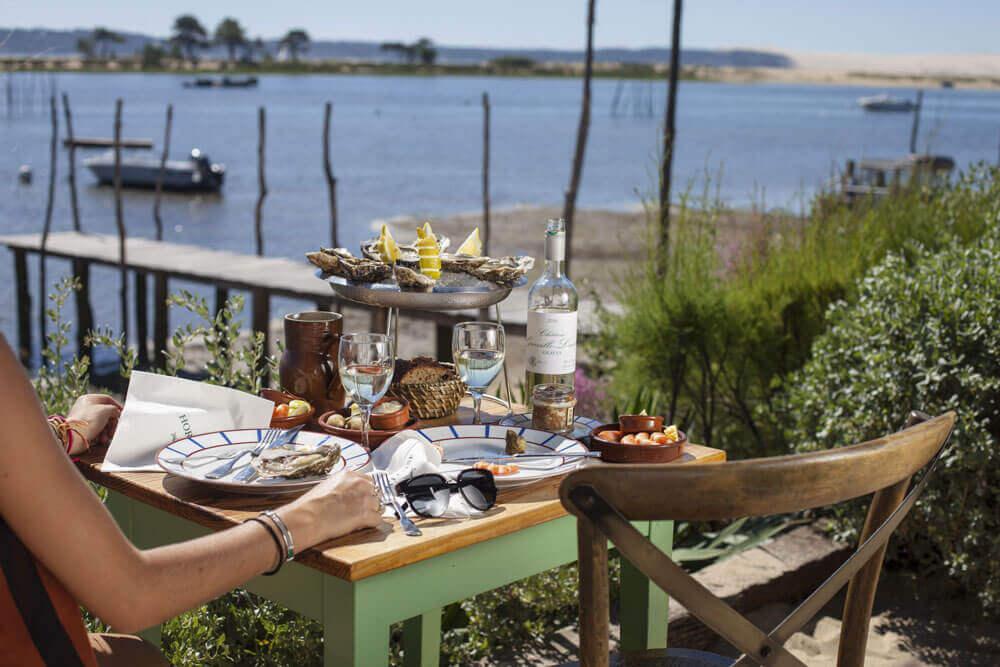 Cabane Hortense degustation huitres vue bassin arcachon couverture