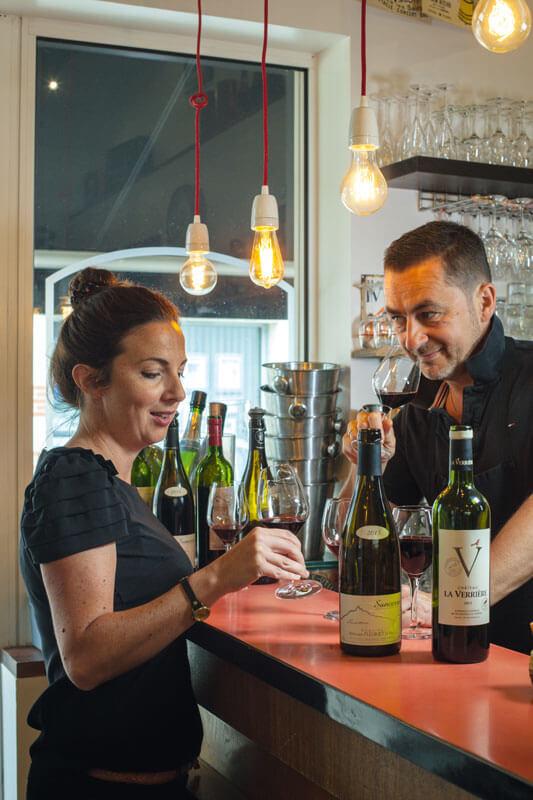 alexandrine yvan dégustation vin bistrot du port