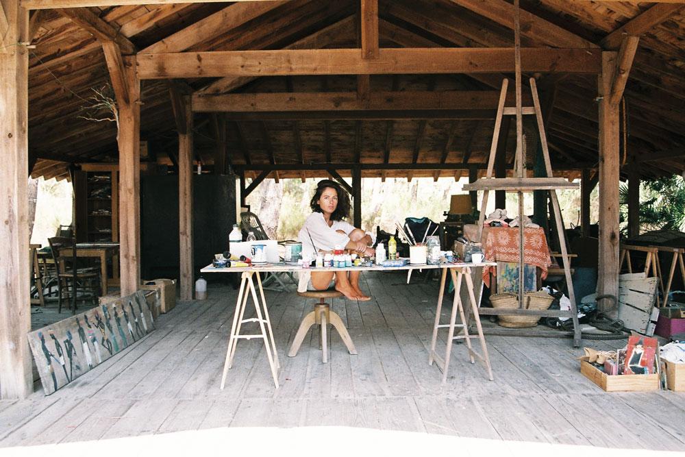 GKERO Marguerite Bartherotte Bassin Cap Ferret créatrice jeune artiste vêtement mode collection tendance peinture dessin plage cabane océan atelier surfeur