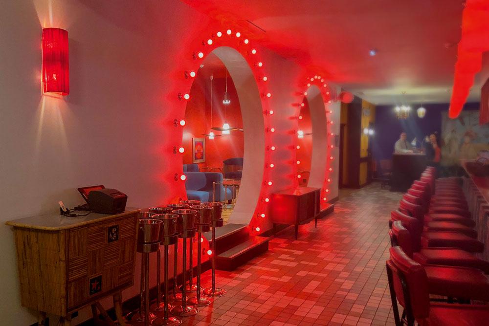 musique hôtel pyla sur mer moulleau bassin arcachon ambiance déco vintage retro guitoune